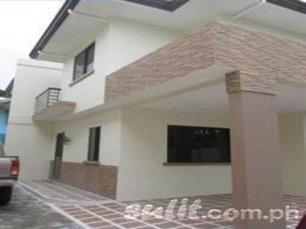 Tandang Sora Duplex House and Lot at 4.8M