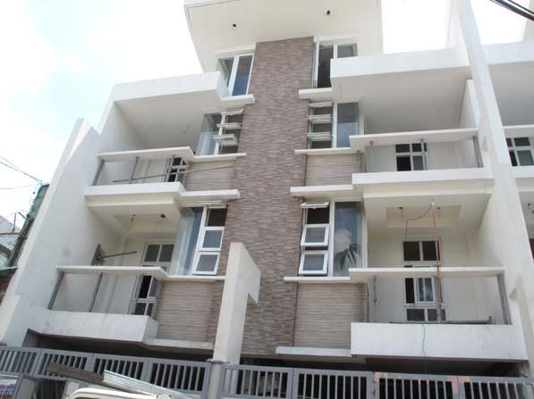 House and Lot in Tandang Sora at 8.5M