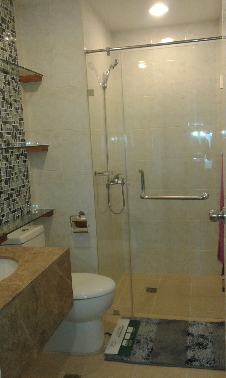 FOR SALE: Apartment / Condo / Townhouse Cebu > Cebu City 3