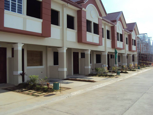 Cainta Townhouse at 2.560M