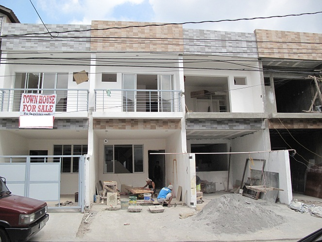 Fairview House and Lot 3.950M