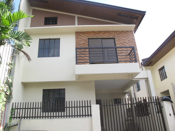 East Fairview Elegant Townhouse in QC at 3.110M
