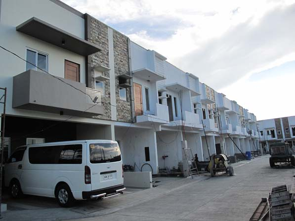 Townhouse SB Homes 3.8M