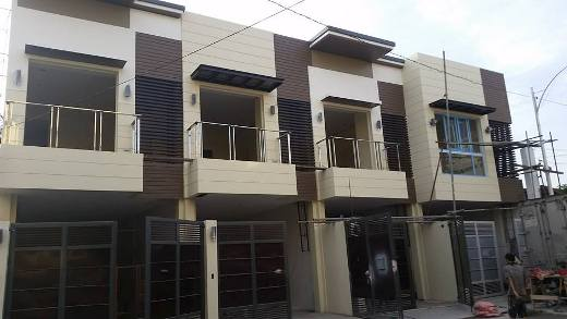 Townhouse in QC Area for Sale at 9M