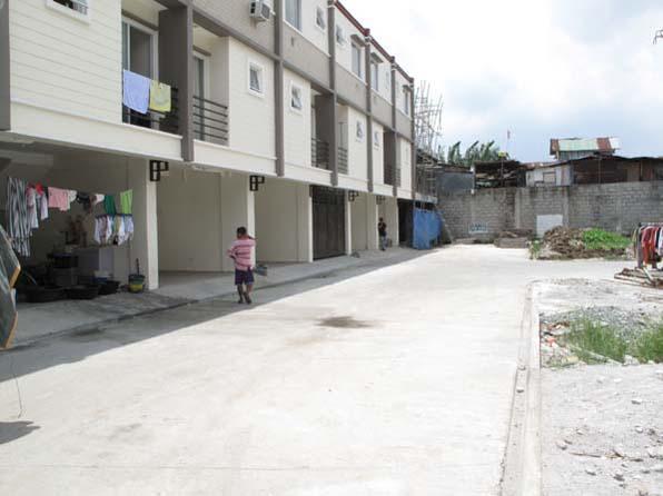 House in Tandang Sora at 2.650M