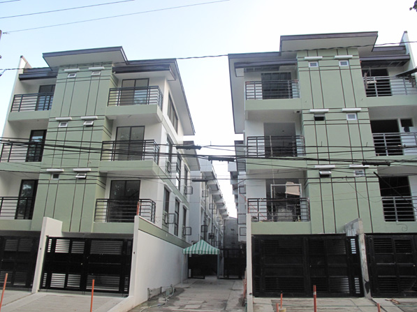 Modern Townhouse in Don Antonio QC at 4.380M