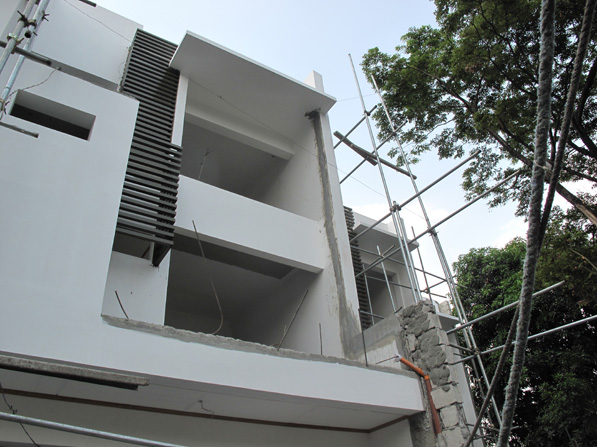 Fancy Townhouse in Don Antonio Commonwealth at 11.5M