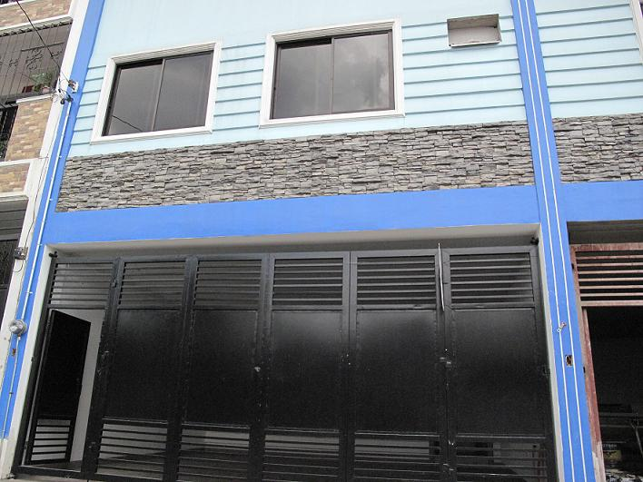 Ready for occupancy townhouse in Project 6 Quezon City 5.6M