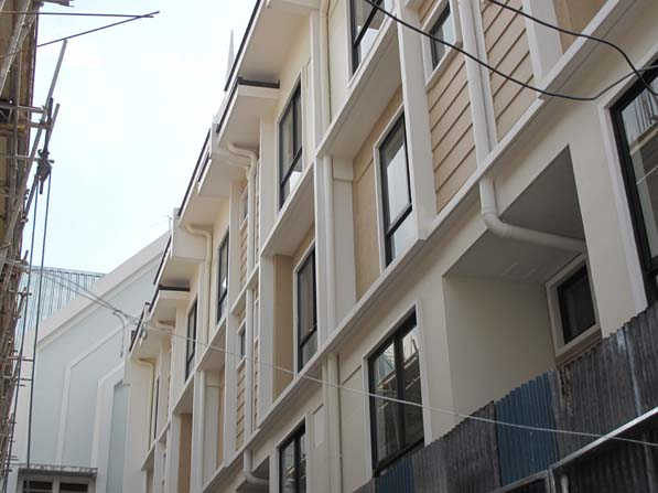 Cubao Townhouse at 5.6M
