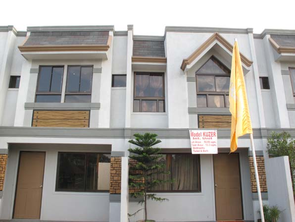 Caloocan Affordable Townhouse at 1.6M