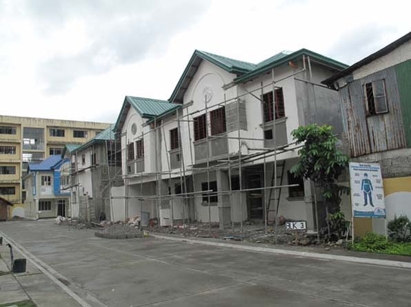 House and Lot in Rizal at 1.9M