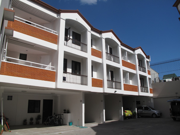 Sta Ana Affordable Townhouse at 5.4M