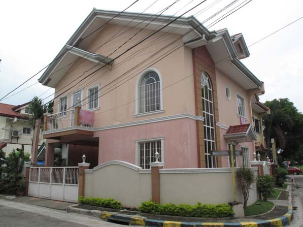 Affordable House in Pasig at 5.5M