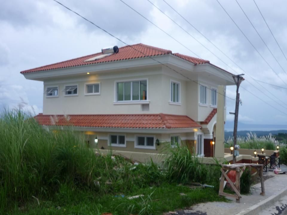 FOR SALE: House Tagaytay 2