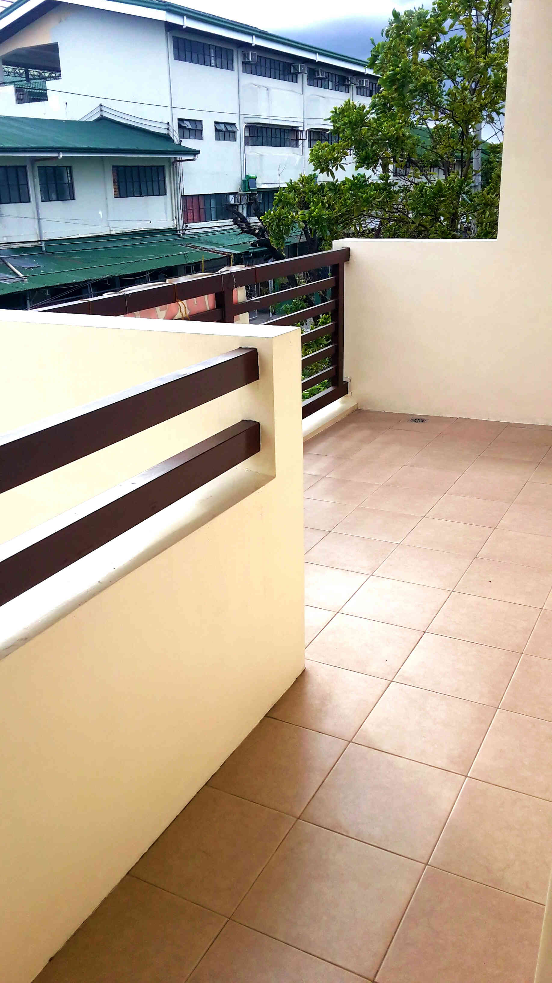 FOR SALE: House Manila Metropolitan Area > Las Pinas 5