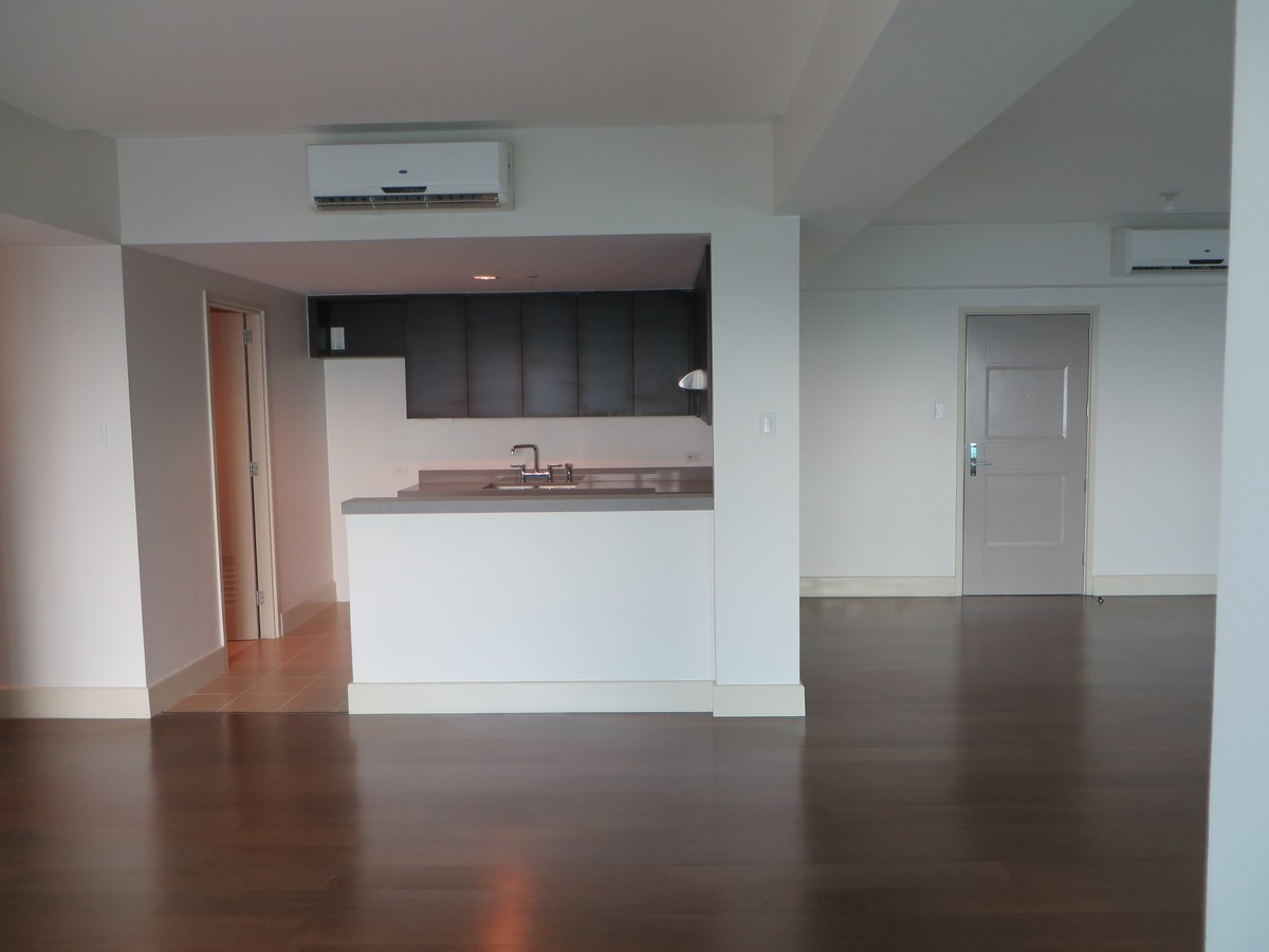 Rockwell Edades Living Area 2