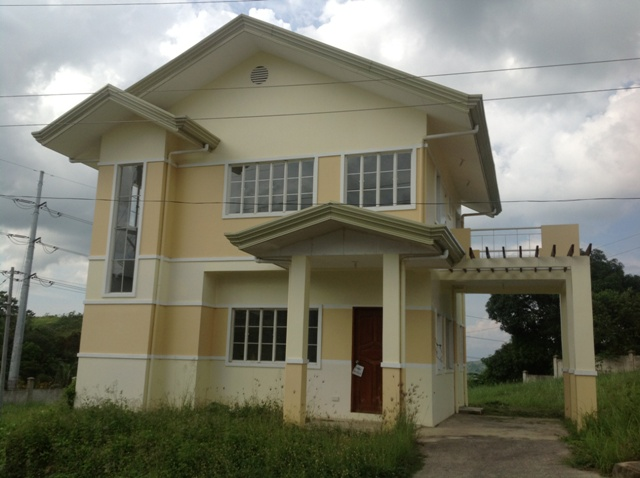 FOR SALE: House Cebu > Other areas 11