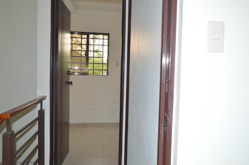 FOR RENT / LEASE: Apartment / Condo / Townhouse Pampanga > Angeles City 6
