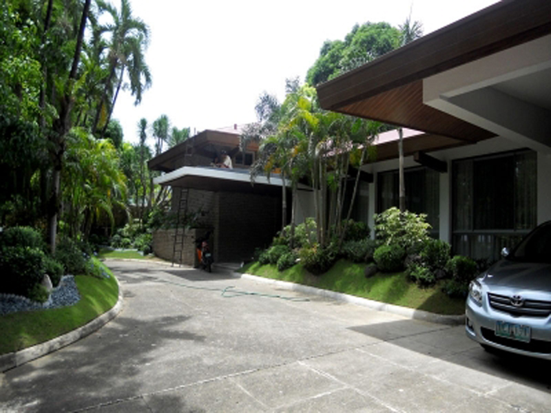 Dasmarinas Village Makati - House and Lots for Sale
