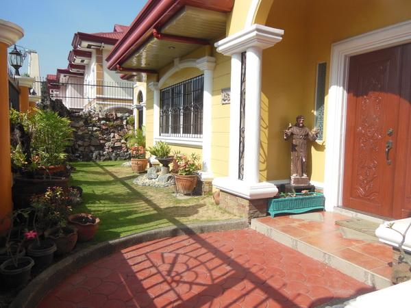 FOR RENT / LEASE: House Pampanga 1