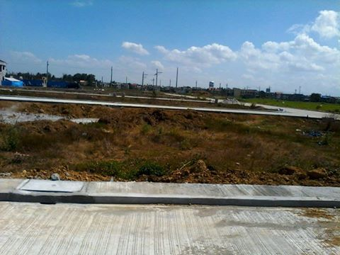 on going construction of road in saint agatha  homes