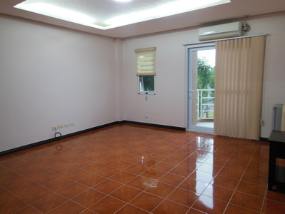 FOR SALE: House Pampanga > Angeles City 1