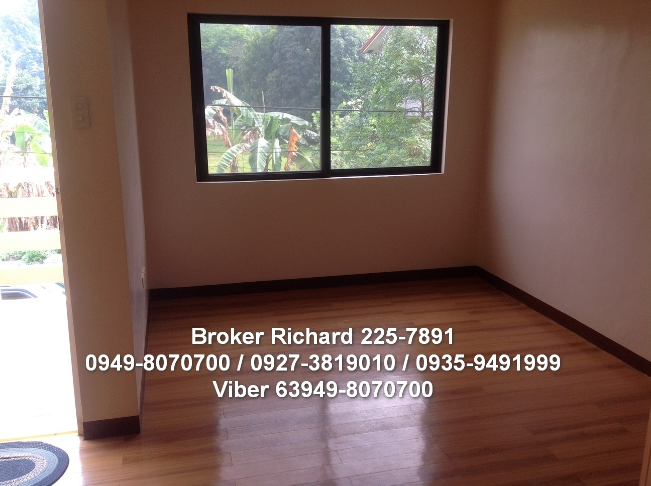 FOR SALE: House Rizal 6