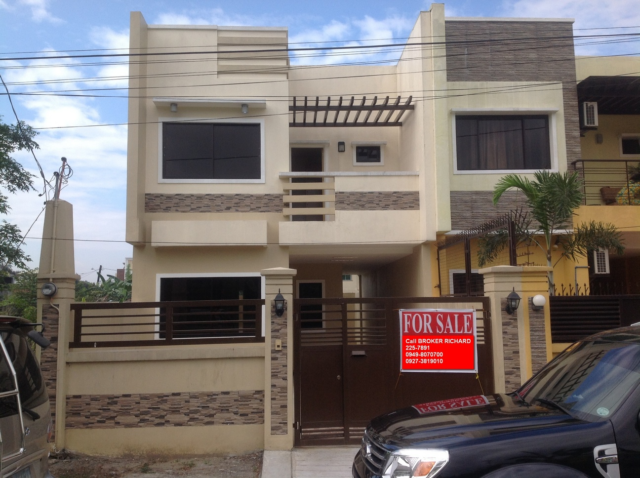 FOR SALE: House Rizal 7