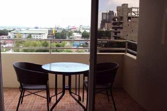 1 Bedroom Terrace Area