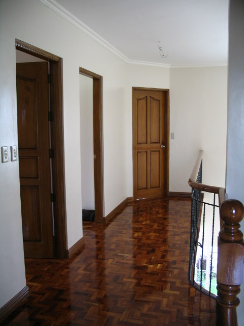 FOR SALE: House Rizal > Cainta 3