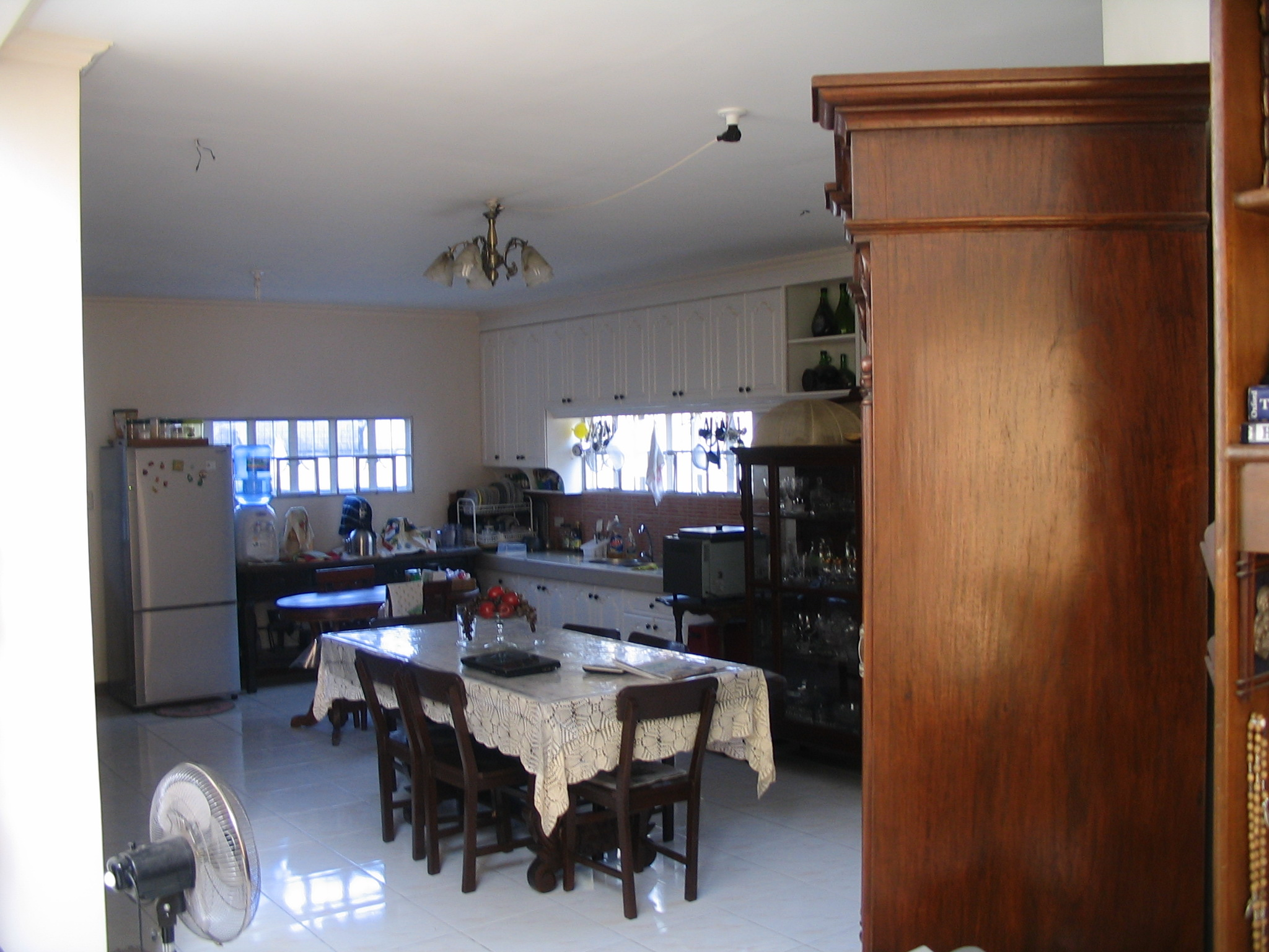 FOR SALE: House Rizal > Cainta 2