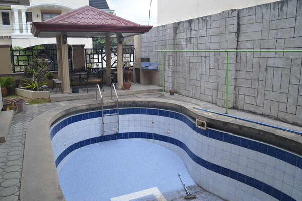 FOR SALE: House Pampanga > Other areas 2