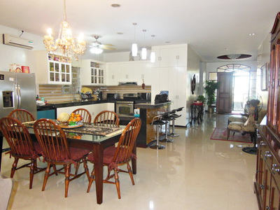 FOR RENT / LEASE: House Pampanga 1