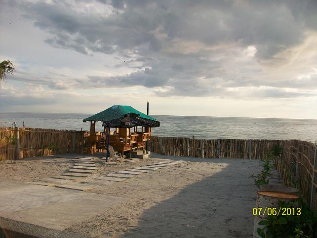 FOR SALE: Beach / Resort Zambales > Other areas 1