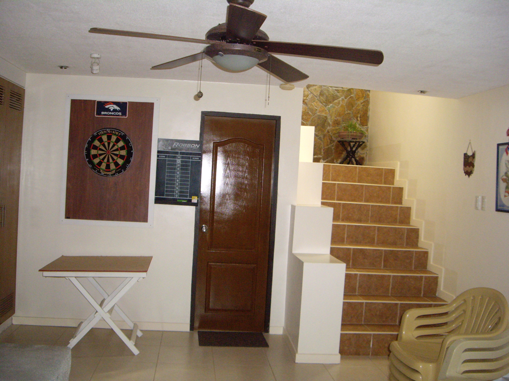 FOR SALE: House Batangas > Other areas 3
