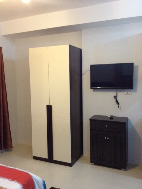 Cabinet & Flat Screen TV