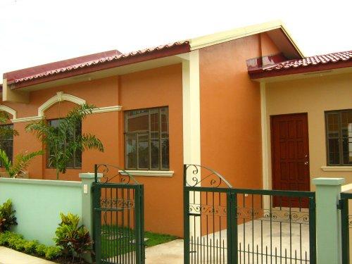 FOR SALE: Apartment / Condo / Townhouse Cavite > Imus 2