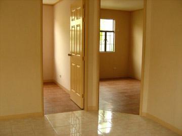 FOR SALE: Apartment / Condo / Townhouse Cavite > Imus 5