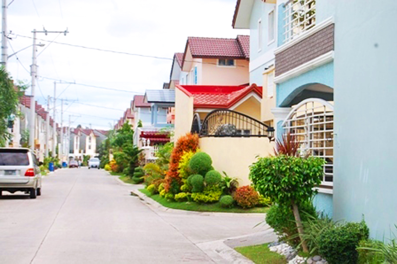 FOR SALE: House Cavite > Bacoor 15