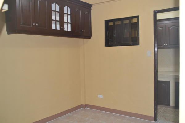 FOR RENT / LEASE: Apartment / Condo / Townhouse Pampanga > Other areas 6