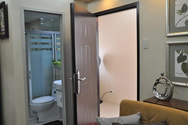 FOR SALE: Apartment / Condo / Townhouse Manila Metropolitan Area > Paranaque 3