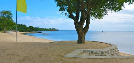 beach front porto laiya