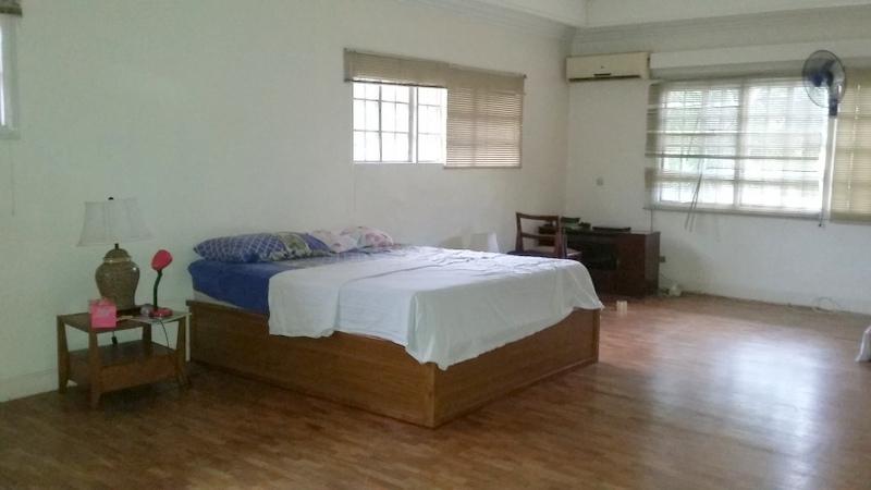 FOR RENT / LEASE: House Manila Metropolitan Area > Makati 8