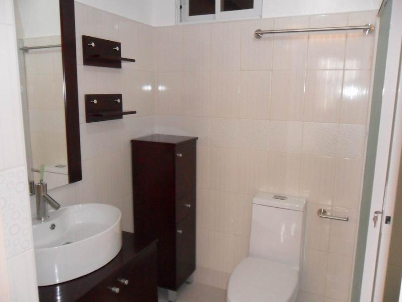 Master's Toilet & Bath