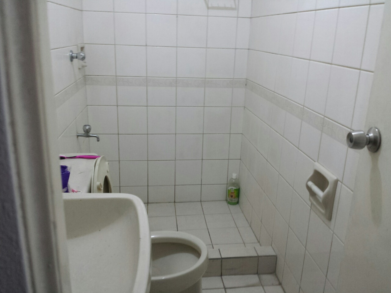 FOR RENT / LEASE: Apartment / Condo / Townhouse Manila Metropolitan Area > Quezon 6
