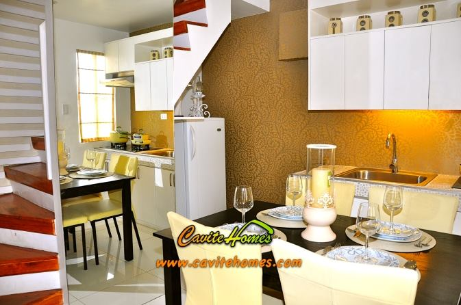 FOR SALE: Apartment / Condo / Townhouse Cavite > Imus 4