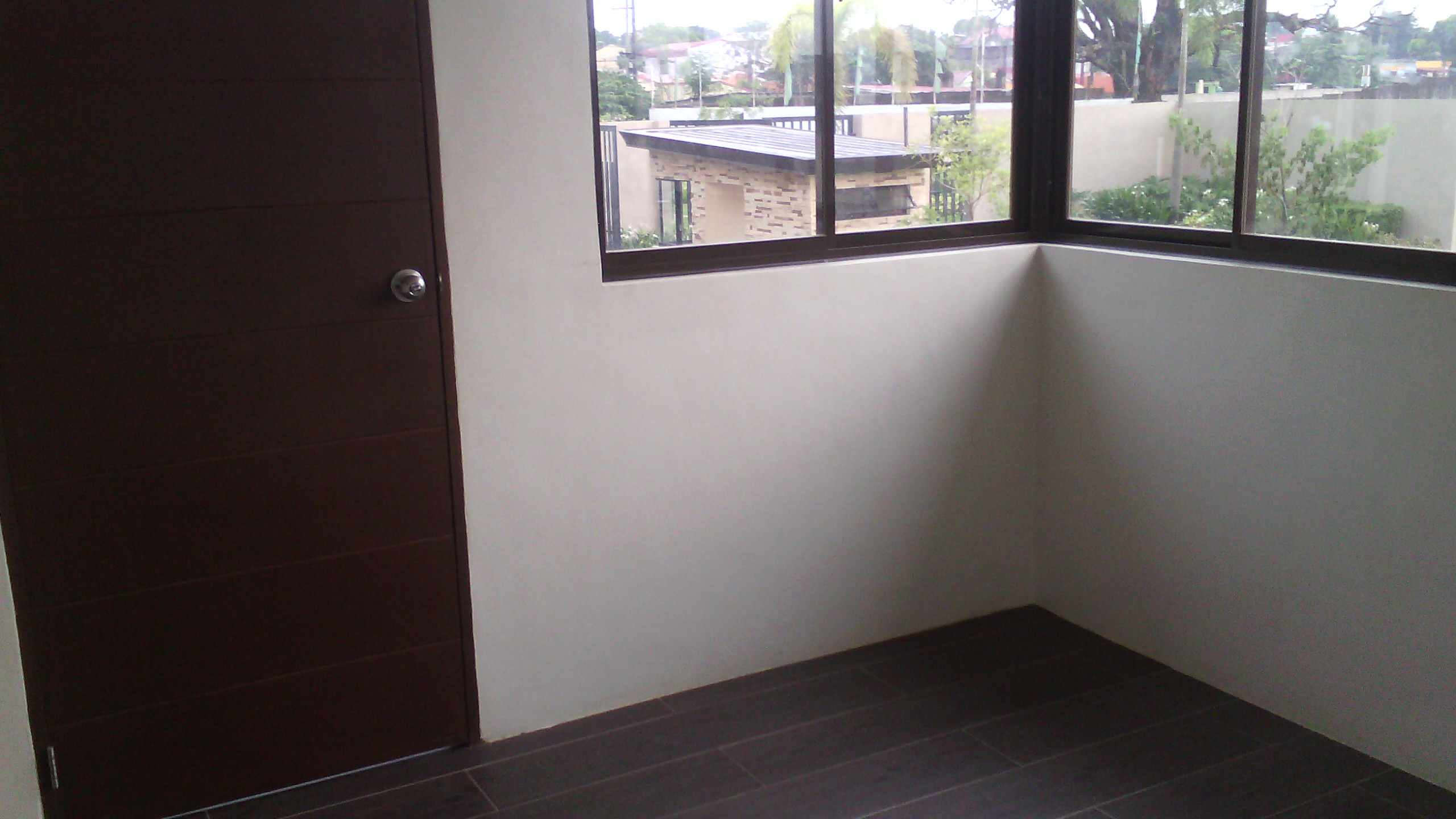 FOR SALE: Apartment / Condo / Townhouse Rizal > Antipolo 6