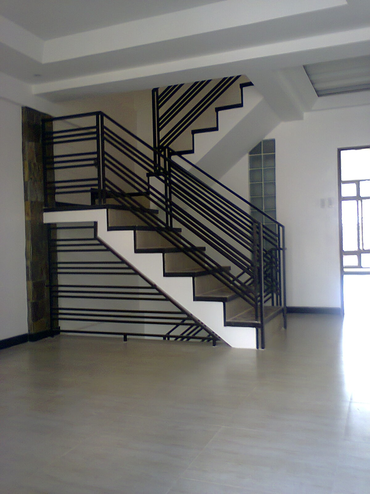 ef thse 2f stair hallway