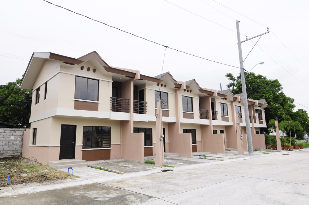 FOR SALE: Apartment / Condo / Townhouse Laguna > Calamba 5
