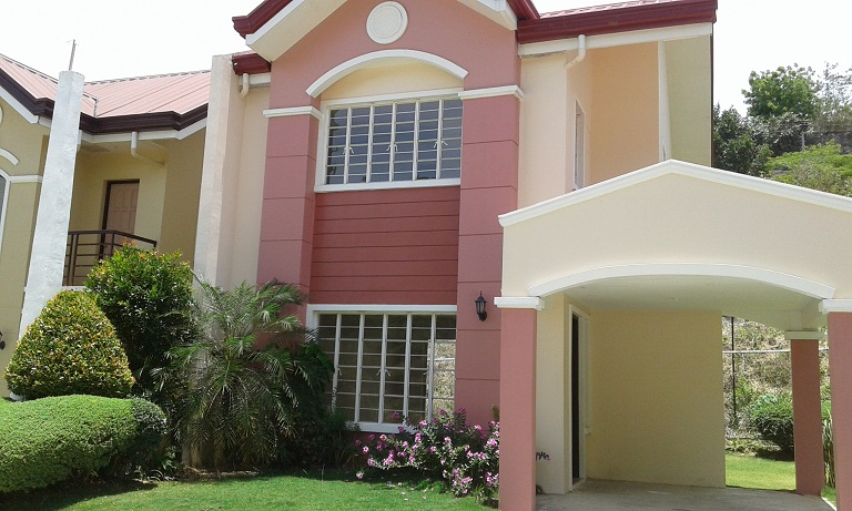 3 Bedroom House in Consolacion